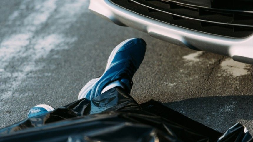 Неожиданный поворот: заподозренный вугоне авто петербуржец умер неотиспуга