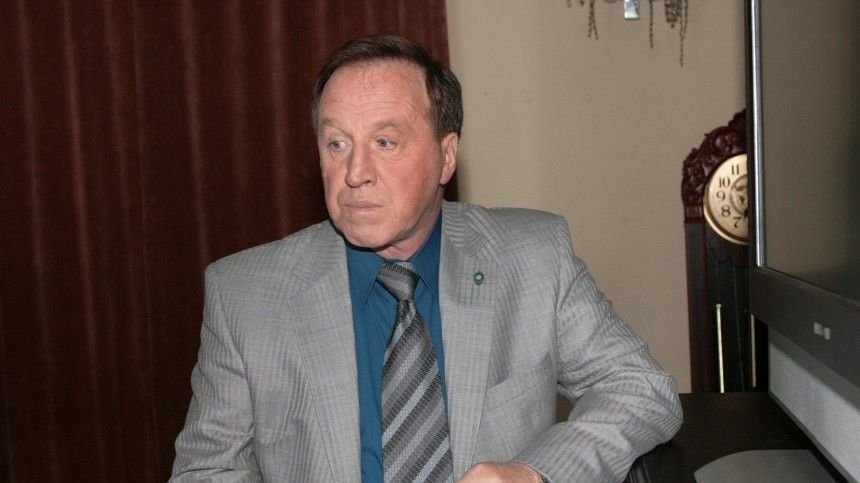 Владимир Стеклов остался без жилья из-за Александры Захаровой