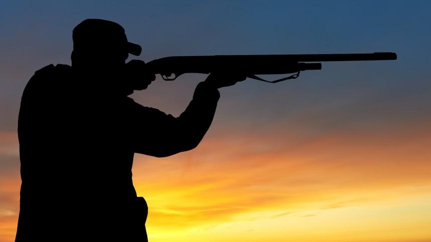 Неизвестные обстреляли машину охотуправления вПриамурье иранили инспектора