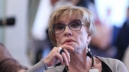 Вдова Владимира Меньшова впервые вышла насцену после смерти супруга