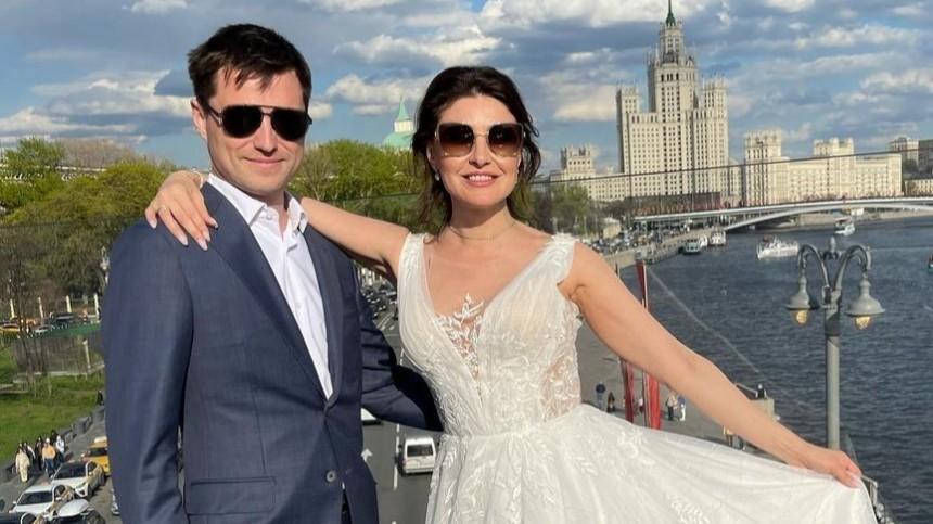 Дочь Малькова подала всуд наАнастасию Макееву: «Жизнь заставляет защищаться»