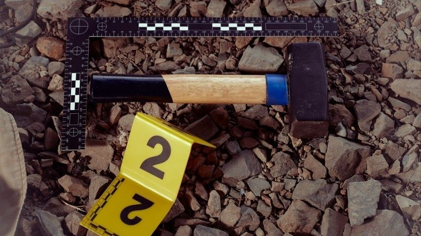 Бывший зек убил двух человек ивзял взаложники 13-летнюю девочку
