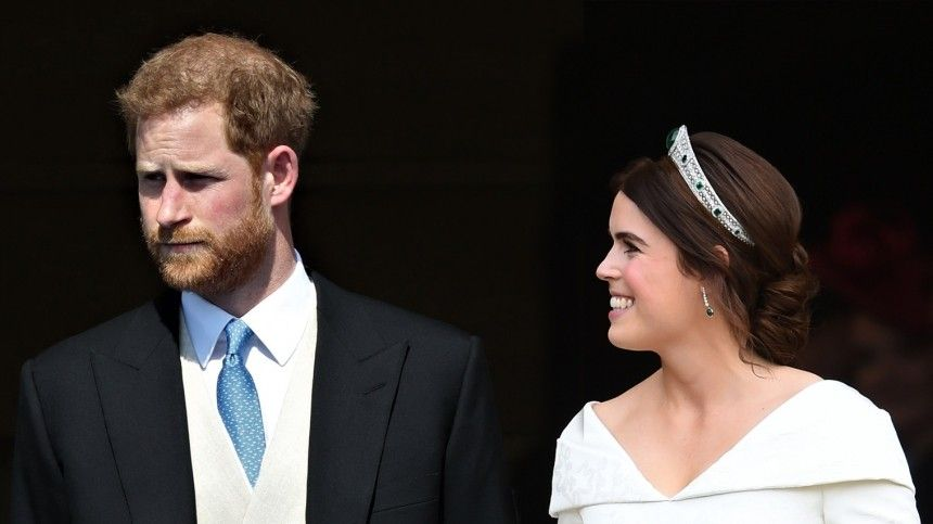 Страсти по-королевски: внучка Елизаветы II может оказаться визгнании из-за Гарри