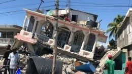 Число жертв землетрясения наГаити выросло почти до1,3 тысячи человек
