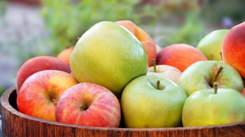 Какие фрукты запрещено есть доЯблочного Спаса