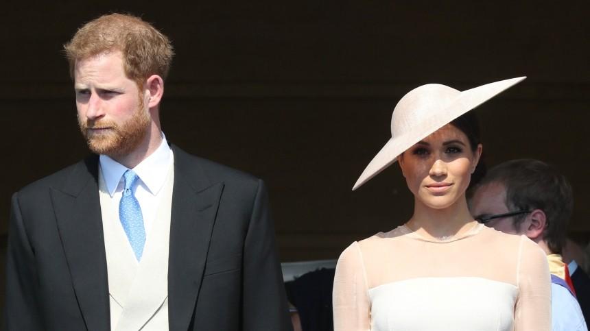 Принц Гарри иМеган Маркл нарушат королевские традиции накрестинах дочери