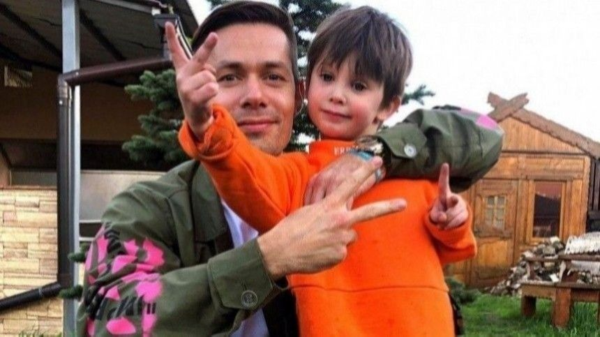 Пьеха заявил онедоверии сына квзрослым после избиения Безбородовой: «Может начать мстить»
