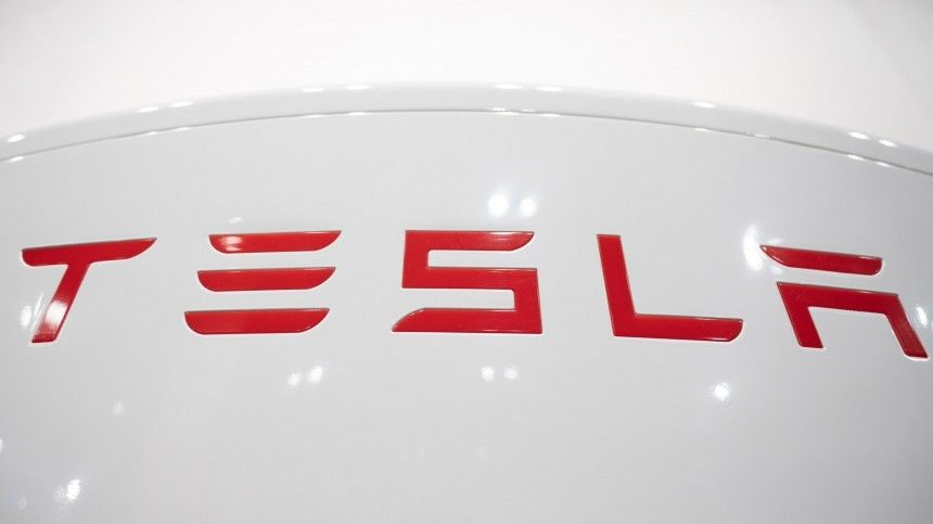 Tesla создаст робота-гуманоида, который будет ходить запокупками
