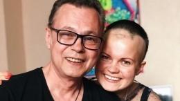 Победивший рак Левкин рассказал обонкологии удочери: «Просто упала вобморок»