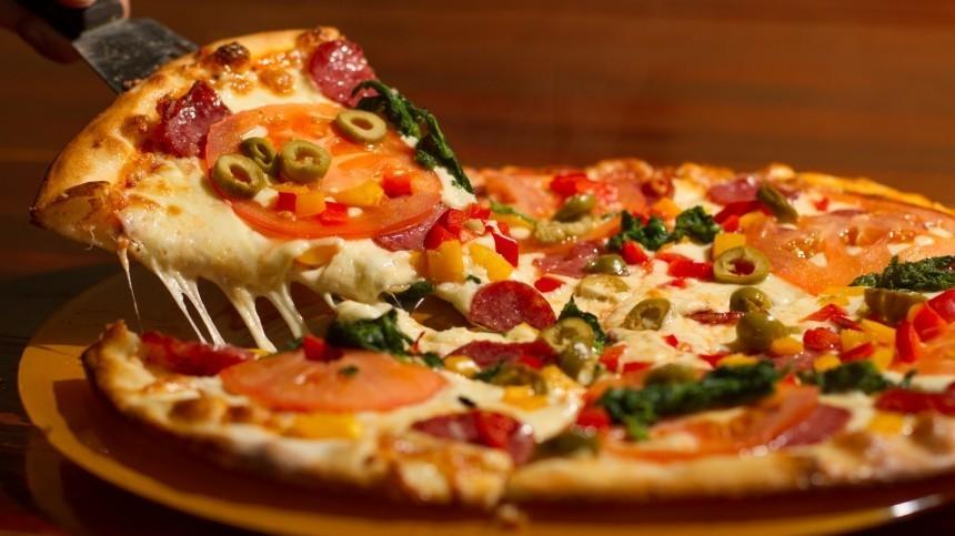 Мошенники воспользовались схемой с«бесплатной пиццей» открупных банков