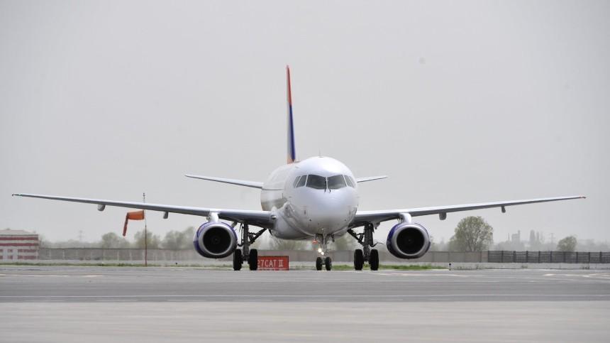Самолет SSJ-100 подал сигнал бедствия над Тамбовской областью