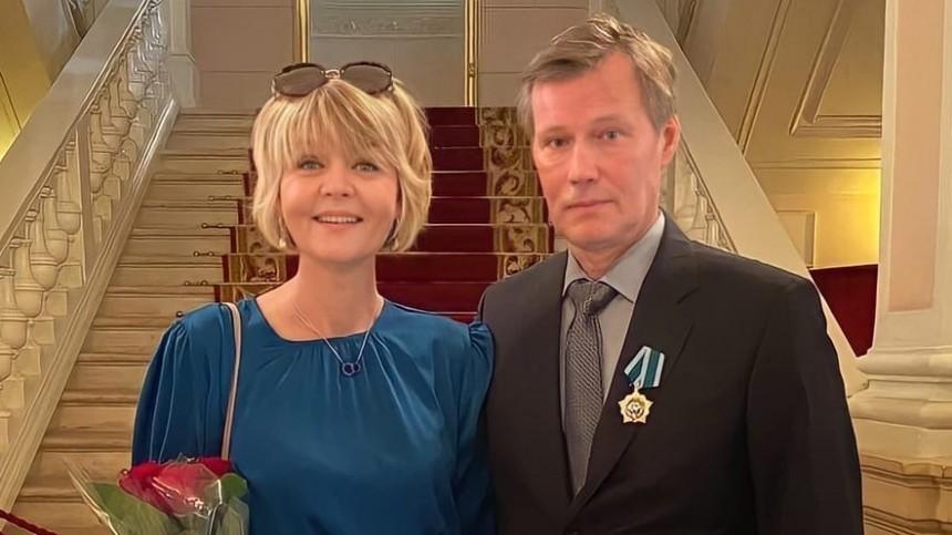 Меньшова раскрыла секрет большой любви кмужу спустя 25 лет совместной жизни
