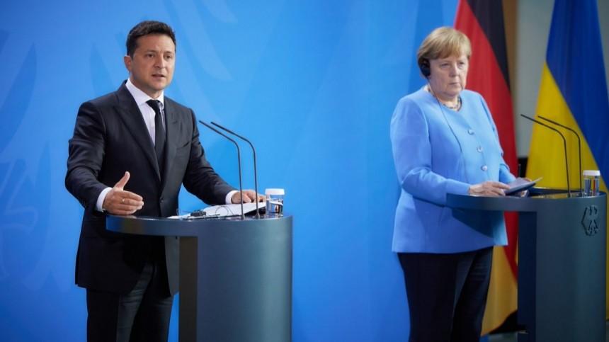 Зеленский иМеркель обсудили ситуацию вДонбассе и«Северный поток— 2»