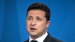 Украинцы высмеяли Зеленского из-за инцидента сКличко ваэропорту Киева