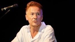 Олег Меньшиков отказался комментировать скандал втеатре Ермоловой