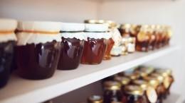 Сладкий лайфхак: Как выбрать качественный мед вмагазине?