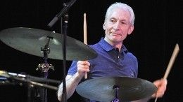 Никаких гаджетов иписьма отруки: каким запомнят умершего барабанщика Rolling Stones