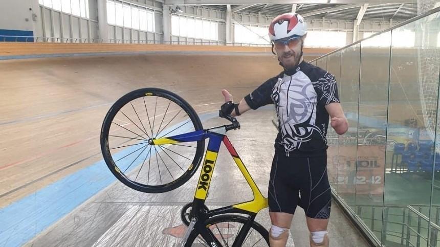 Работавший курьером Михаил Асташов завоевал золото наПаралимпийских играх