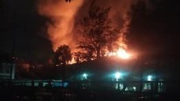 Муж ижена заживо сгорели при пожаре впятиэтажке Екатеринбурга