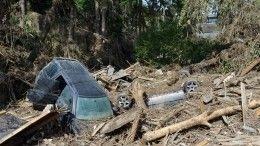 Дорожники расчистили трассу вЯкутии, накоторую сошли восемь оползней