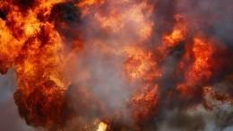 Жители Казахстана впанике покидают район взрыва склада с500 тоннами тротила