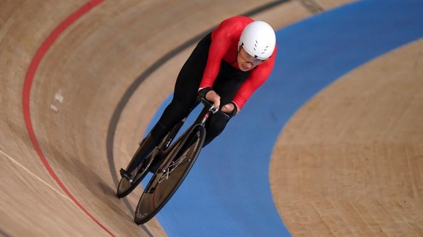 Велогонщик-курьер Асташов побил рекорд виндивидуальной гонке наПаралимпиаде
