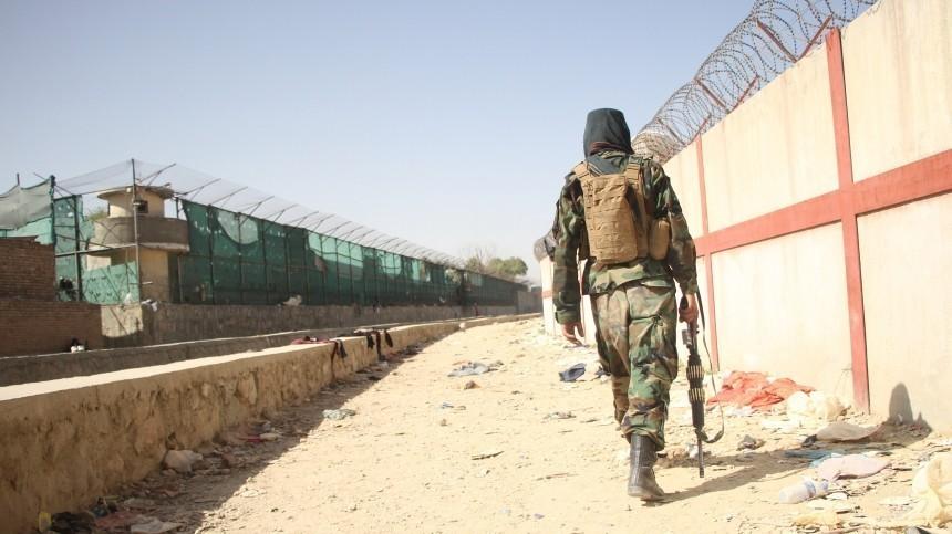 Очевидцы сообщают острельбе увосточных ворот аэропорта вКабуле