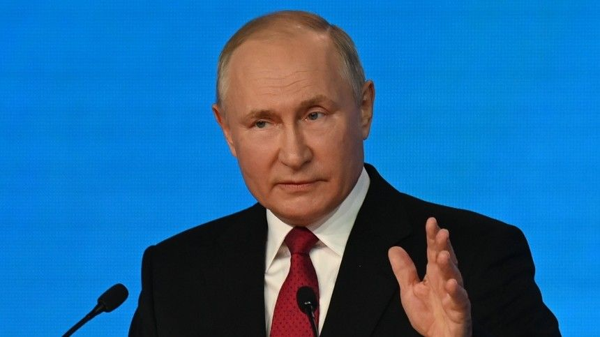Владимир Путин прибыл воВладивосток