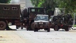 Жители Гвинеи овациями встретили военный переворот икомендантский час