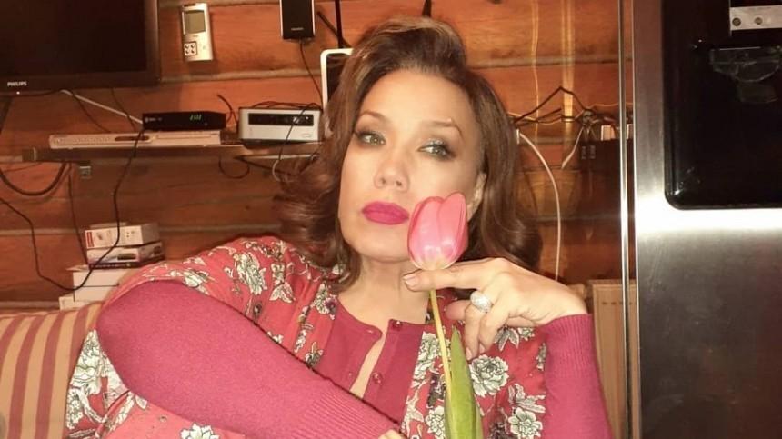 Азиза высказалась взащиту мужа лже-итальянца иего родственников