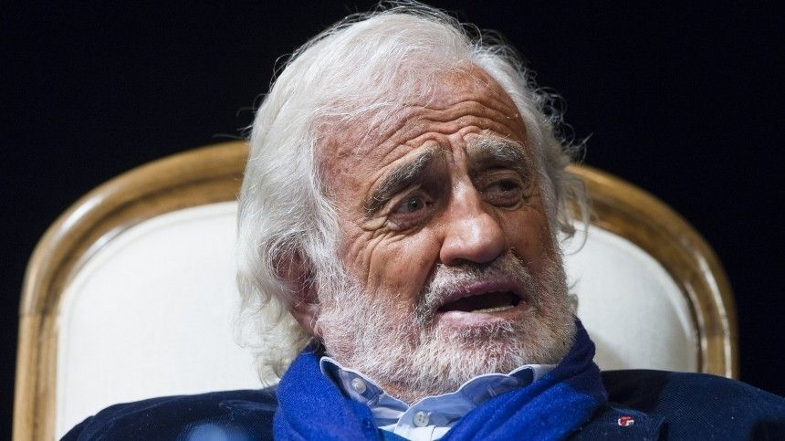 Семья Бельмондо обратилась кпоклонникам актера после его смерти