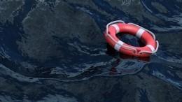 Судно срыбаками перевернулось вБаренцевом море, живым нашли только одного