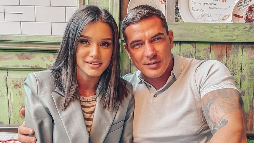 Бывший муж Ксении Бородиной показал видео сполуголой девушкой: «Изменщик, кобель!»