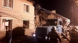 Последствия взрыва газа иобрушения подъезда вдоме под Липецком сняли навидео