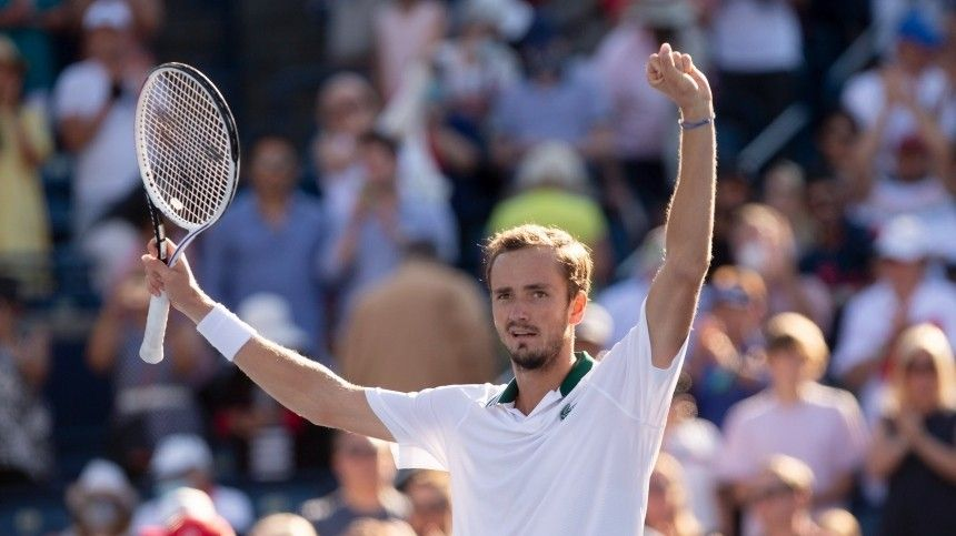 Теннисист Медведев впервые вкарьере выиграл US Open
