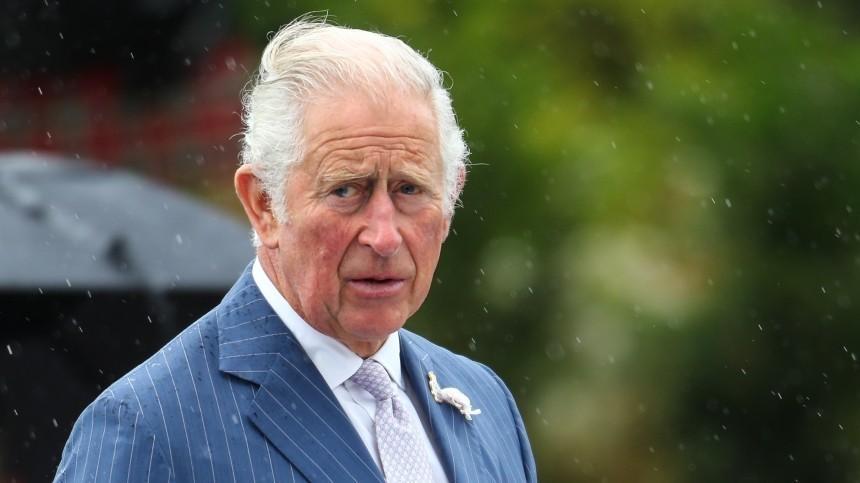 Меган Маркл оказалась огорчена решением принца Чарльза лишить титула еесына