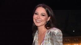 Известная блогер Лера Чекалина оказалась вбольнице под капельницей: «Засутки ела арбуз»