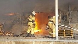 Пожар вавтосервисе Красноярска перепугал горожан взрывами