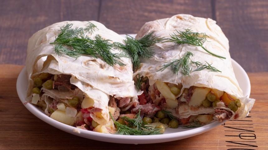Как приготовить необычный ролл стушенкой— пошаговый рецепт сфото