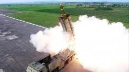 Премьер Японии счел пуски ракет КНДР «угрозой нацбезопасности»
