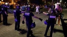 Премьер-министру Нидерландов пришлось спасаться бегством отразъяренной толпы