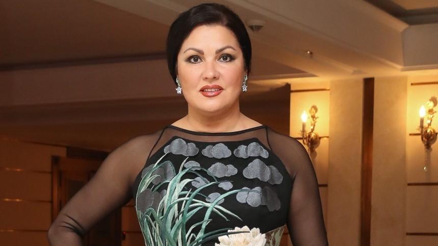 Анна Нетребко призналась, что страдает отпровалов впамяти
