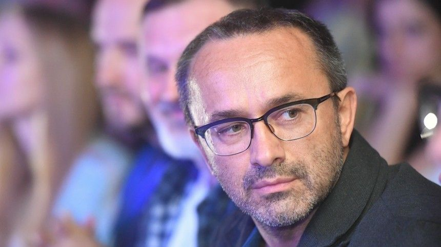 Находящегося вкоме режиссера Звягинцева отключили отЭКМО