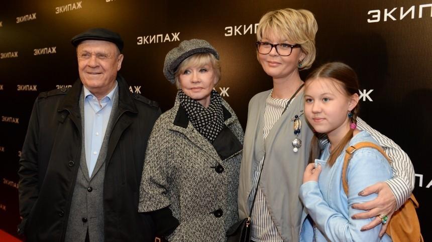 Меньшова встретила первый день рождения отца после его смерти: «Навсегда стобой»
