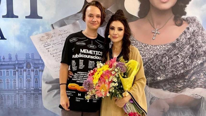 Пасынок Макеевой заявил, что нежелает общаться сродной матерью