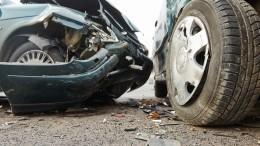Двое погибли при столкновении фуры имикроавтобуса под Ростовом-на-Дону