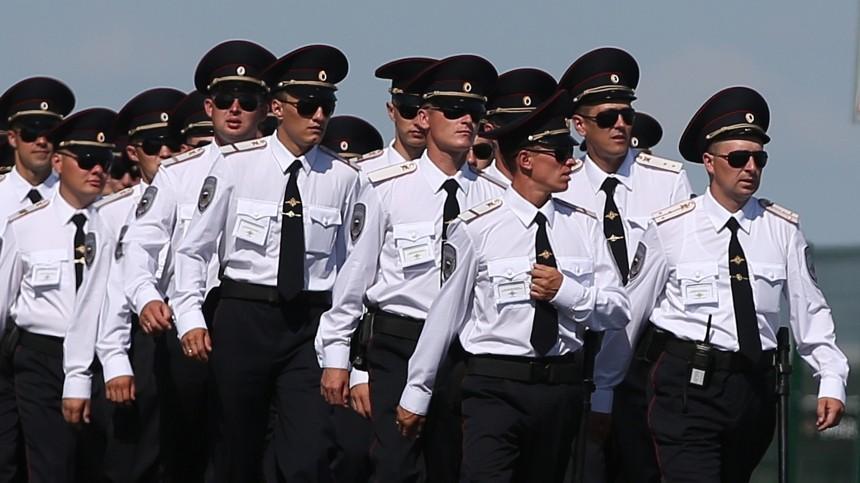 Неслужбы ради: Подвиги российских полицейских