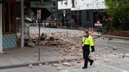 Журналисты иблогеры вАвстралии пережили землетрясение впрямом эфире