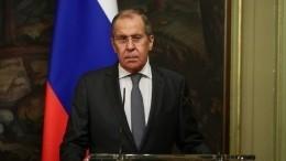 Лавров успокоил журналистов напереговорах соСтолтенбергом шуткой оНАТО