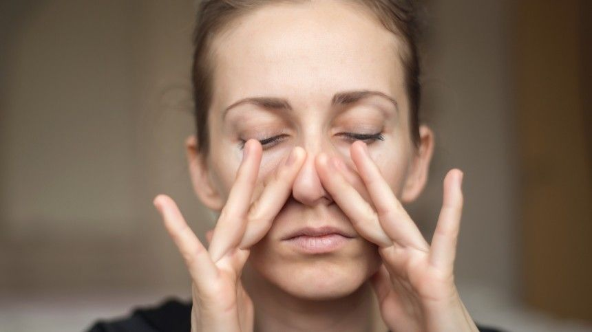Инфекционист: Почему невсе заболевшие COVID-19 теряют обоняние